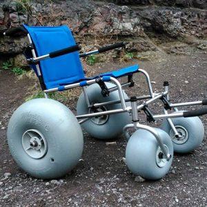 silla-de-ruedas-todo-terreno-asistida1